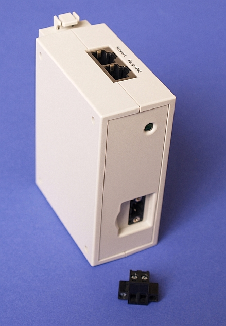 PDCPOE1224DR DC to DC Converter 12vdc-24vdc Input to 24vdc PoE Output Top and Front View