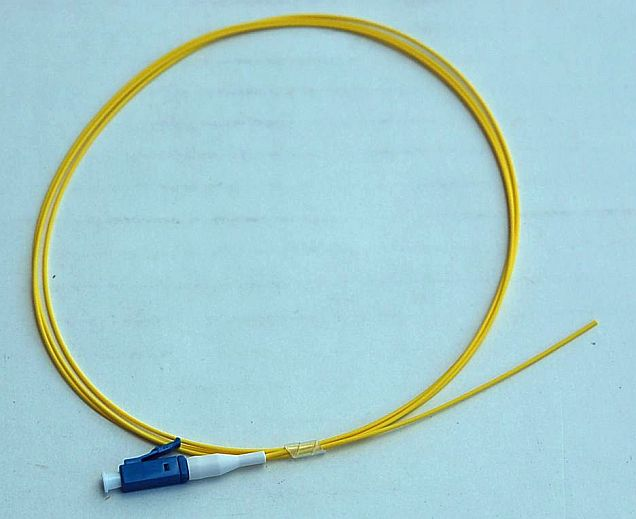 LC Simplex Fiber Optic Pigtail Cable | SM 9/125 | 1m | Yellow